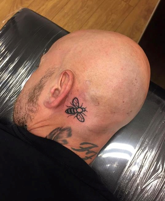 Photo of Manchester worker bee tattoo
