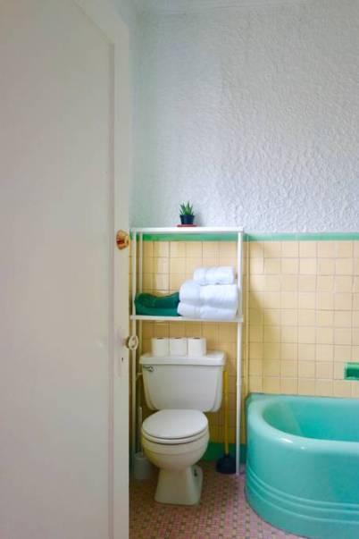 Airbnb bath